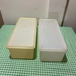 TUPPERWARE JUMBO BREAD KEEPER